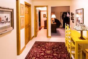 corridor-670277_640