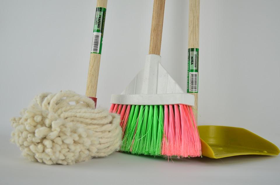 broom-1837434_960_720